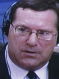 Craig Etcheson a compté parmi les fondateurs du DC-Cam qu'il a dirigé pendant deux ans avant de quitter ce poste pour garder un rôle de conseiller pendant trois ans. Il a travaille au bureau des co-procureurs depuis 2006. (Anne-Laure Porée)