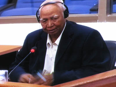 Vann Nath au tribunal de Kambol le 29 juin 2009. (Anne-Laure Porée)