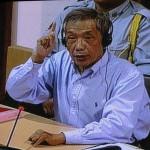 Duch conteste des éléments du témoignage de Prak Khân, sans brio. (Anne-Laure Porée)
