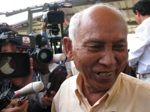 Chum Mey déborde de joie après le verdict. (Anne-Laure Porée)